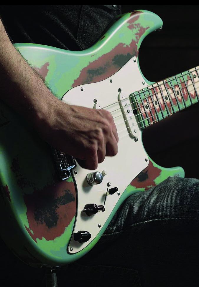 VACATURE: Slaggitarist gezocht